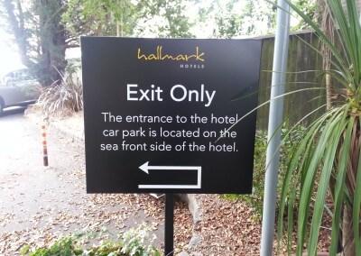 Hallmark Hotels Sign