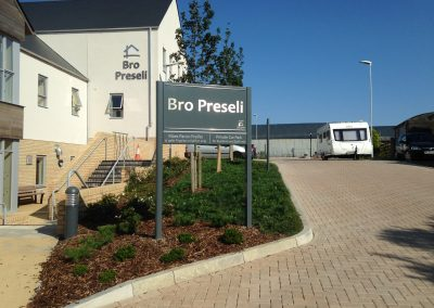 Bro Preseli Post Mounted Sign