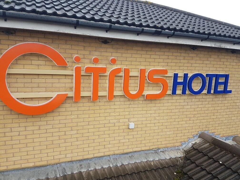 citrus hotel tp signs